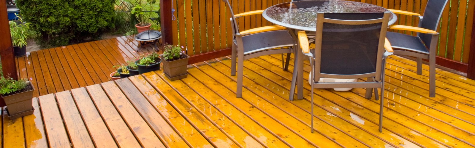 Deck Powerwashing Services in Allentown